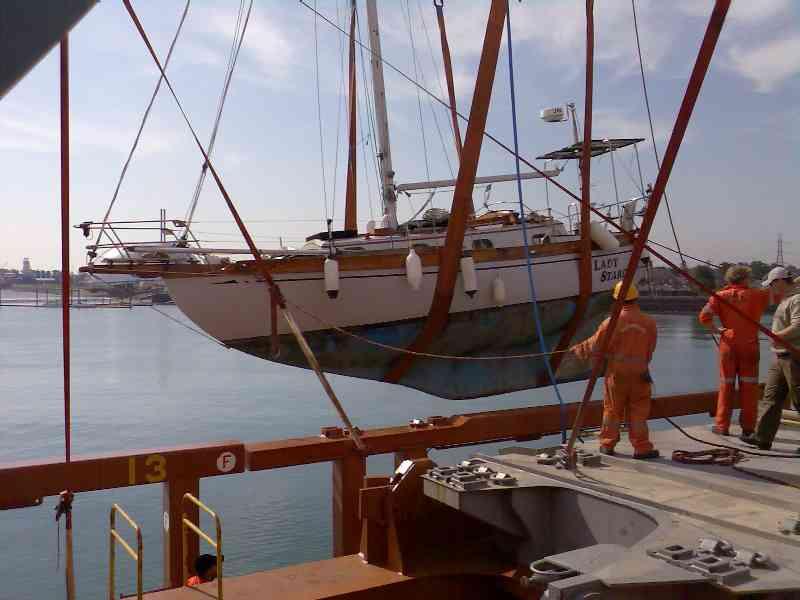 yacht lady stardust